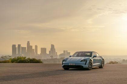 2020 Porsche Taycan 4S 39