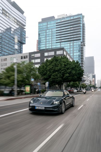 2020 Porsche Taycan 4S 157