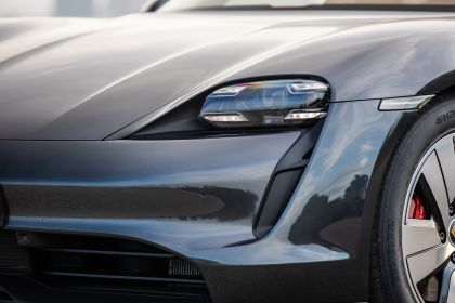 2020 Porsche Taycan 4S 162