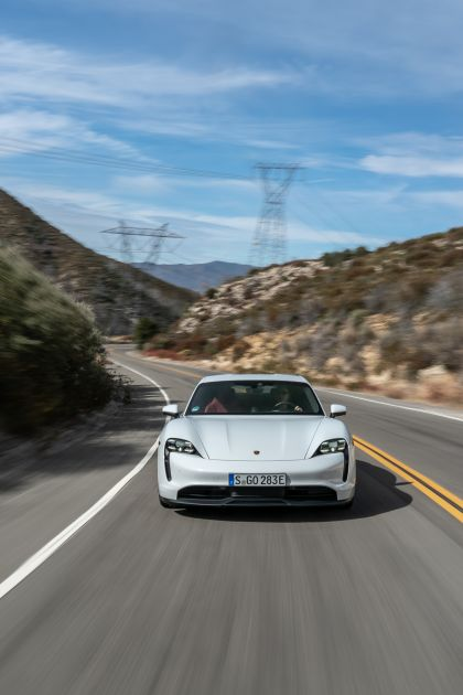 2020 Porsche Taycan 4S 186