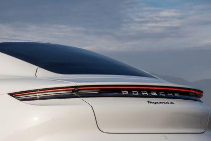 2020 Porsche Taycan 4S 202