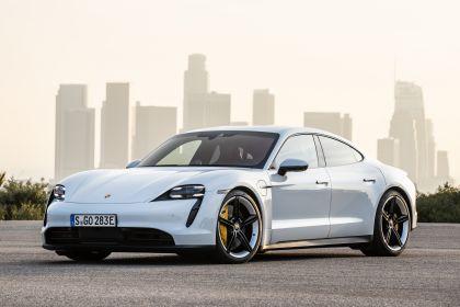 2020 Porsche Taycan 4S 210