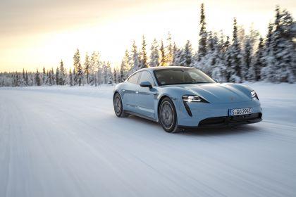 2020 Porsche Taycan 4S 345