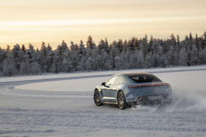 2020 Porsche Taycan 4S 359