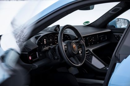 2020 Porsche Taycan 4S 386