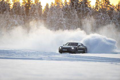 2020 Porsche Taycan 4S 422
