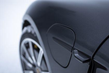 2020 Porsche Taycan 4S 424