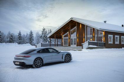 2020 Porsche Taycan 4S 436
