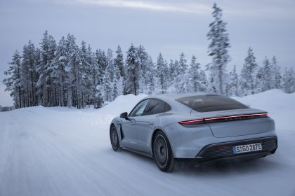 2020 Porsche Taycan 4S 444