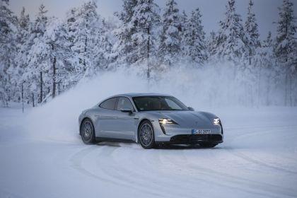 2020 Porsche Taycan 4S 452