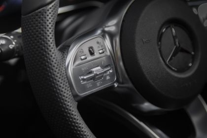2020 Mercedes-Benz GLC 300 4Matic - USA version 68