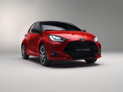 2020 Toyota Yaris hybrid 1