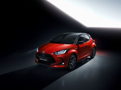 2020 Toyota Yaris hybrid 5