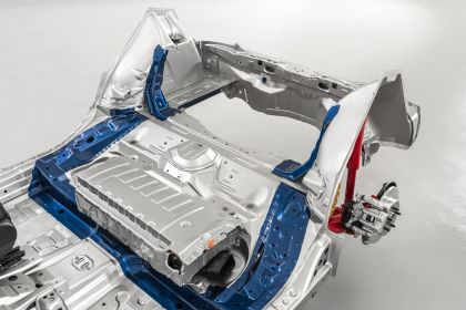 2020 Toyota Yaris hybrid 25