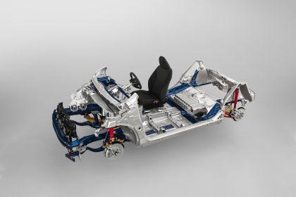 2020 Toyota Yaris hybrid 32