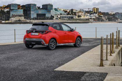 2020 Toyota Yaris hybrid 62