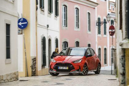 2020 Toyota Yaris hybrid 63