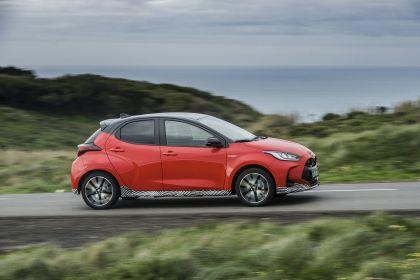 2020 Toyota Yaris hybrid 87