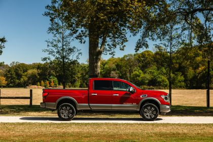 2020 Nissan Titan XD Platinum Reserve 2