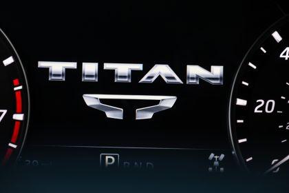 2020 Nissan Titan XD Platinum Reserve 27