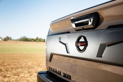 2020 Nissan Titan XD PRO-4X 18