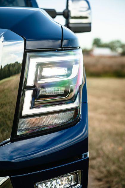 2020 Nissan Titan XD SL 9