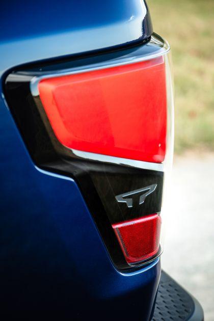 2020 Nissan Titan XD SL 11