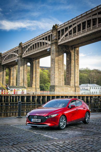 2020 Mazda 3 Skyactiv-G Sport Lux - UK version 14