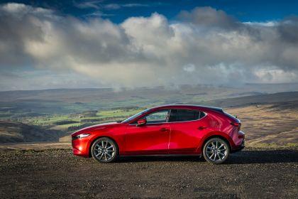 2020 Mazda 3 Skyactiv-G Sport Lux - UK version 18