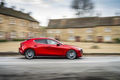 2020 Mazda 3 Skyactiv-G Sport Lux - UK version 22