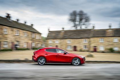 2020 Mazda 3 Skyactiv-G Sport Lux - UK version 23
