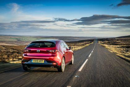2020 Mazda 3 Skyactiv-G Sport Lux - UK version 37