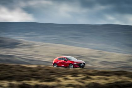 2020 Mazda 3 Skyactiv-G Sport Lux - UK version 40