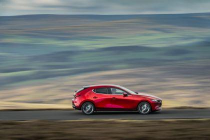 2020 Mazda 3 Skyactiv-G Sport Lux - UK version 41