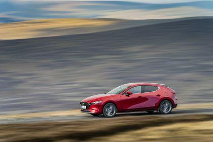 2020 Mazda 3 Skyactiv-G Sport Lux - UK version 43