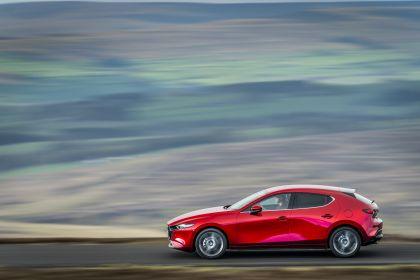 2020 Mazda 3 Skyactiv-G Sport Lux - UK version 44