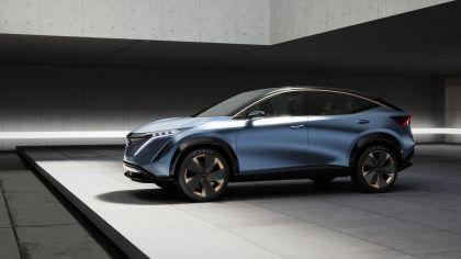 2019 Nissan Ariya concept 17
