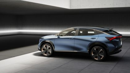2019 Nissan Ariya concept 19