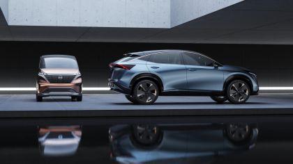 2019 Nissan Ariya concept 32