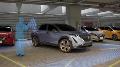 2019 Nissan Ariya concept 37