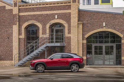 2020 Mazda MX-30 182