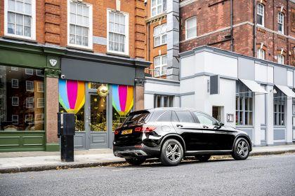 2019 Mercedes-Benz GLC 220d 4Matic - UK version 6