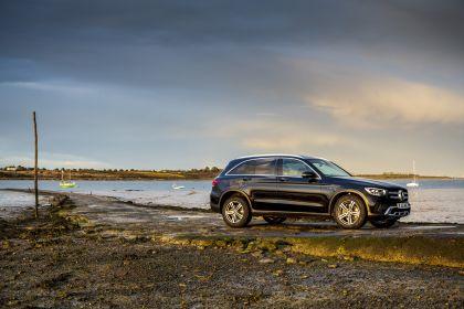 2019 Mercedes-Benz GLC 220d 4Matic - UK version 9