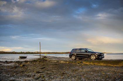 2019 Mercedes-Benz GLC 220d 4Matic - UK version 10