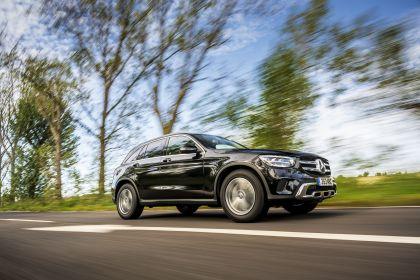 2019 Mercedes-Benz GLC 220d 4Matic - UK version 27