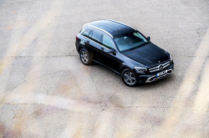 2019 Mercedes-Benz GLC 220d 4Matic - UK version 51