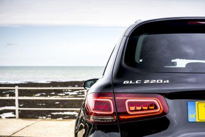 2019 Mercedes-Benz GLC 220d 4Matic - UK version 59