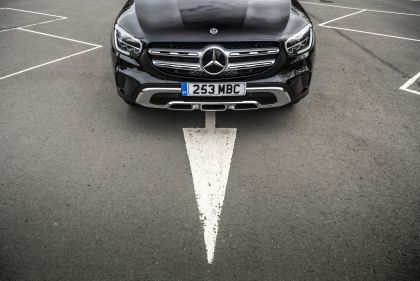 2019 Mercedes-Benz GLC 220d 4Matic - UK version 62