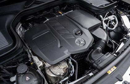 2019 Mercedes-Benz GLC 220d 4Matic - UK version 70