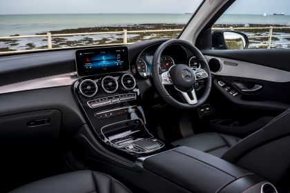 2019 Mercedes-Benz GLC 220d 4Matic - UK version 80